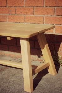 oak bench corner